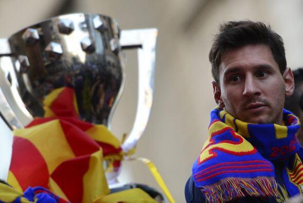 'La Pulga' sí pudo levantar un trofeo, la Liga española con el Barcelona...