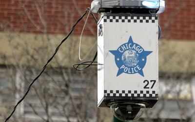 Para mejorar la relación con la comunidad, la policía de Chicago llegó a...