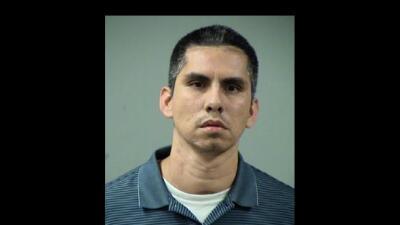 Arrestado por tocar de forma inapropiada a cuatro niñas entre 10 y 11 años.