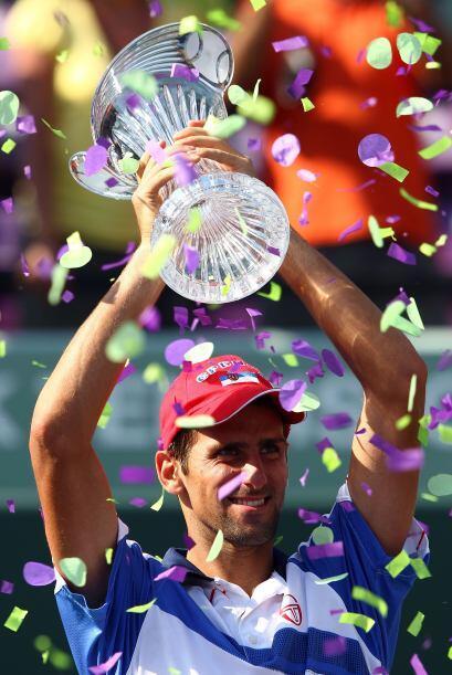 El serbio Djokovic ganó el Masters 1000 de Miami por 4-6, 6-3, 7-6 (7/4)...