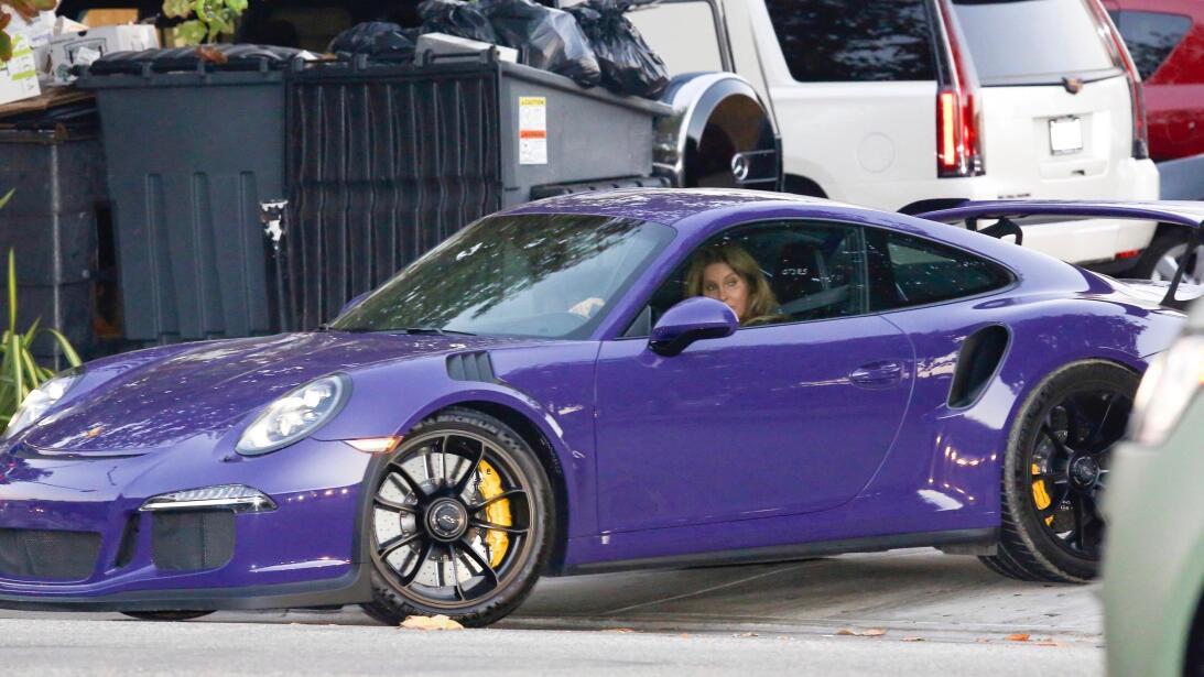 Los formidables carros del clan Kardashian-Jenner gsim-kjgdncj160829-12.jpg