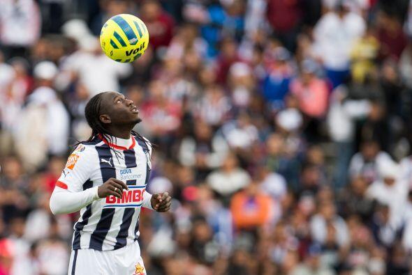 El colombiano Yimmi Chará sigue sin encontrar su nivel con los Rayados d...