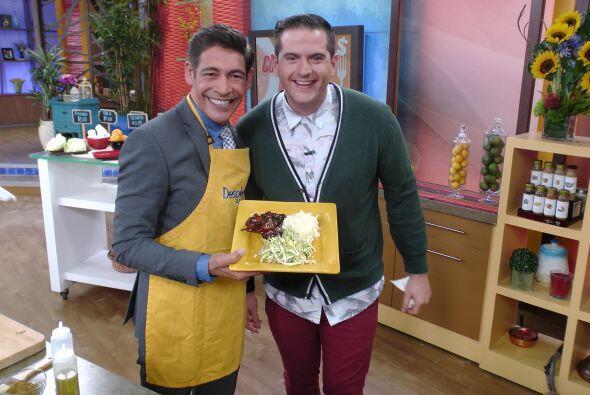 Y se nos hizo agua la boca con el platillo que nos trajo el chef Carlos...