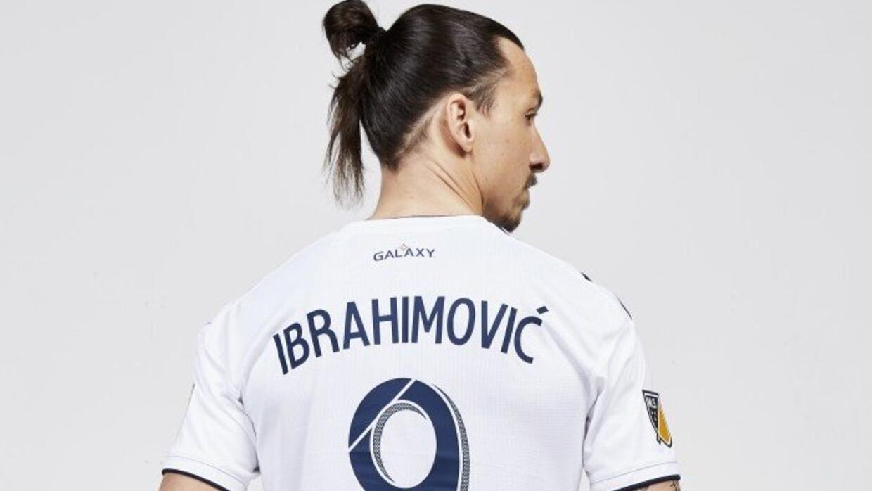 Con el 9 en la espalda: ya está a la venta la camiseta de Zlatan Ibrahim...