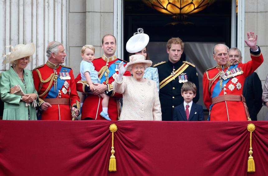 Toda la familia real