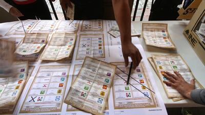 Resultados preliminares favorecen a PRI en elecciones mexicanas