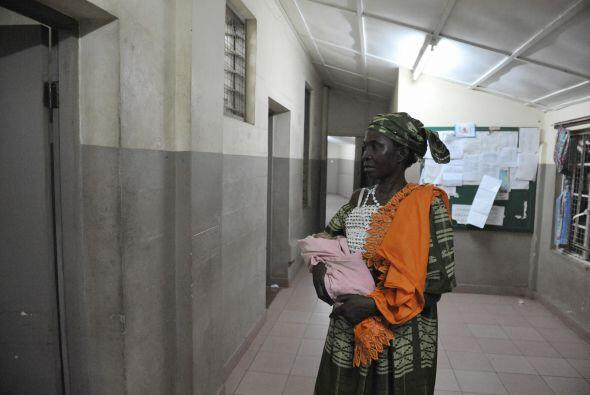 La UNICEF asegura que la mortalidad infantil ha disminuido en un tercio,...