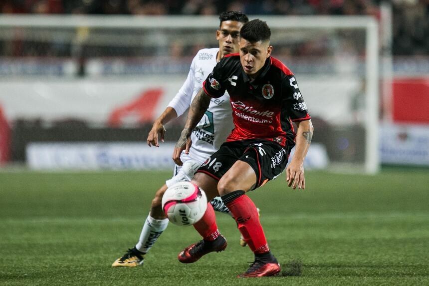 Los Xolos remontan al León y siguen soñando con la Liguilla 20171103-617...