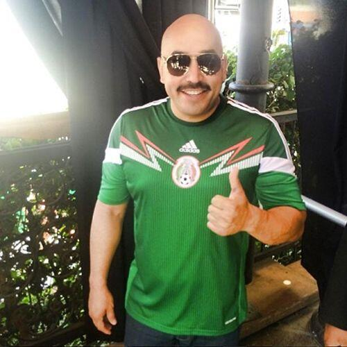Lupillo Rivera apoyando como siempre.Todo sobre el Mundial de Brasil 2014.