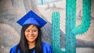 Lizbeth Mateo llegó a EEUU a la edad de 14 años y sin hablar inglés, per...