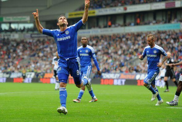 Frank Lampard se unió a la fiesta 'Blue'.