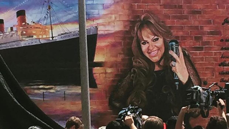 Jenni Rivera será recordada en su natal Long Beach.