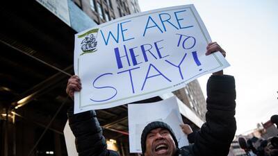 Imagen de archivo de una protesta reciente que aglutinó a inmigrantes y...