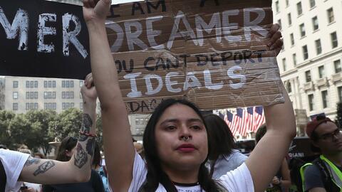 Muchos 'deamers' salieron a protestar luego de que se anunciara el fin d...