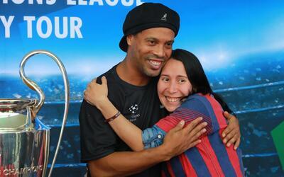 Ronaldinho llega a 38 años de vida y su legado va más all&...