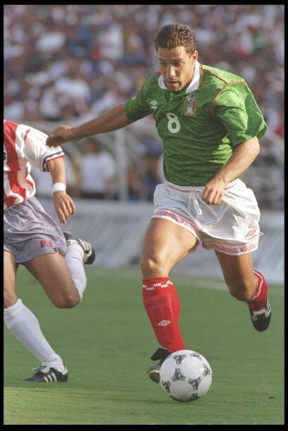 En su regreso a los Mundial en 1994, México se despidió enfrentando a la...