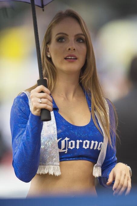 La belleza sehizo presente en la semifinal de ida de la Liga MX entre Am...