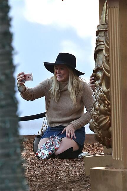 La famosa pasó un lindo día con su pequeño e incluso su ex, Mike Comrie.