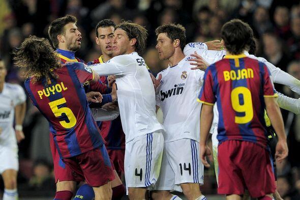 En ese mismo partido el lateral derecho del Real Madrid, Sergio Ramos, r...