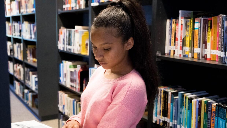 Karolina Espinosa, estudiante de último año de Hutchinson Central Techni...