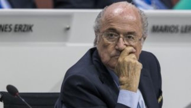 Joseph Blatter ha vivido los últimos días alternando ataques a sus detra...