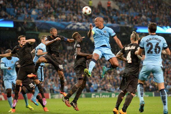 En un partido emocionante, Manchester City empató 1-1 con la Roma.