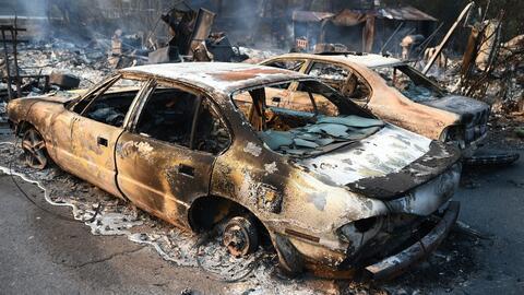 Incendios forestales acaban con cientos de autos