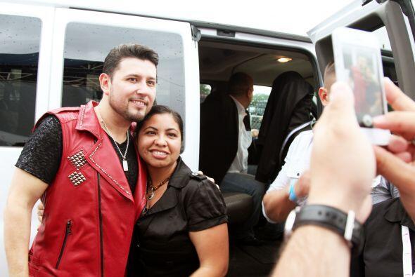 """""""Selfie Time"""" con Roberto Tapia en el Festival de Mayo en Dallas"""