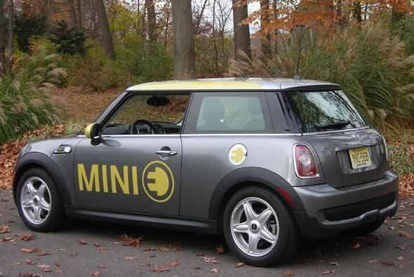 Con este auto, MINI confirma que la conducción 'limpia' no tiene porque...