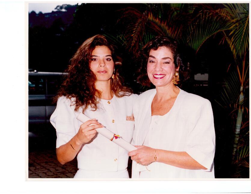 Erika Maldonado con su mamá