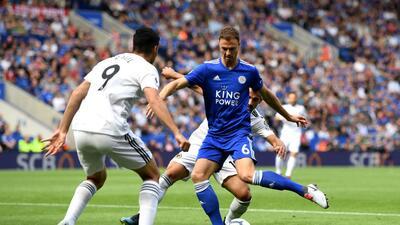 En fotos: Raúl Jiménez gana confianza pero Wolverhampton perdió con Leicester en Premier