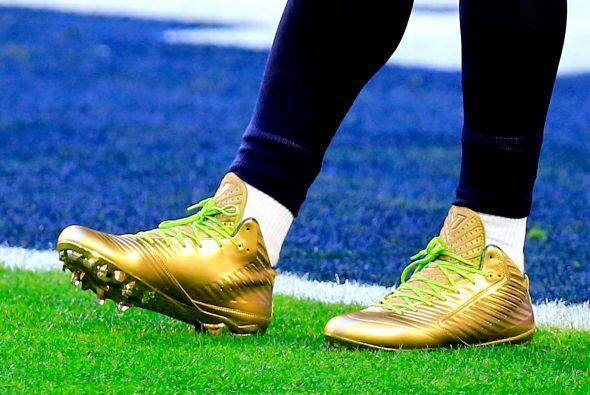 Las zapatillas del corredor estelar de los Seahawks, Marshawn Lynch relu...