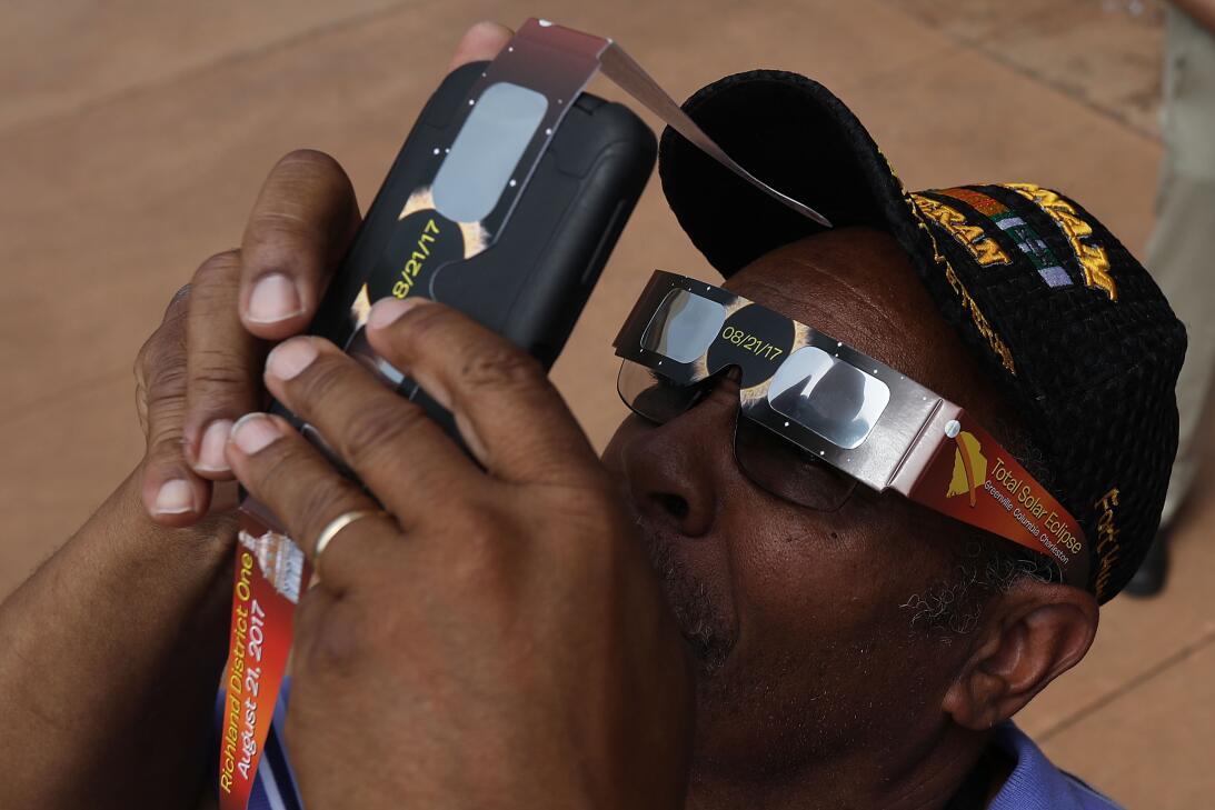 Con doble lente: En la búsqueda de la mejor fotografía, muchos utilizaro...