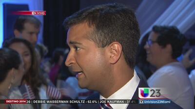 Carlos Curbelo habla tras ganar el Distrito 26