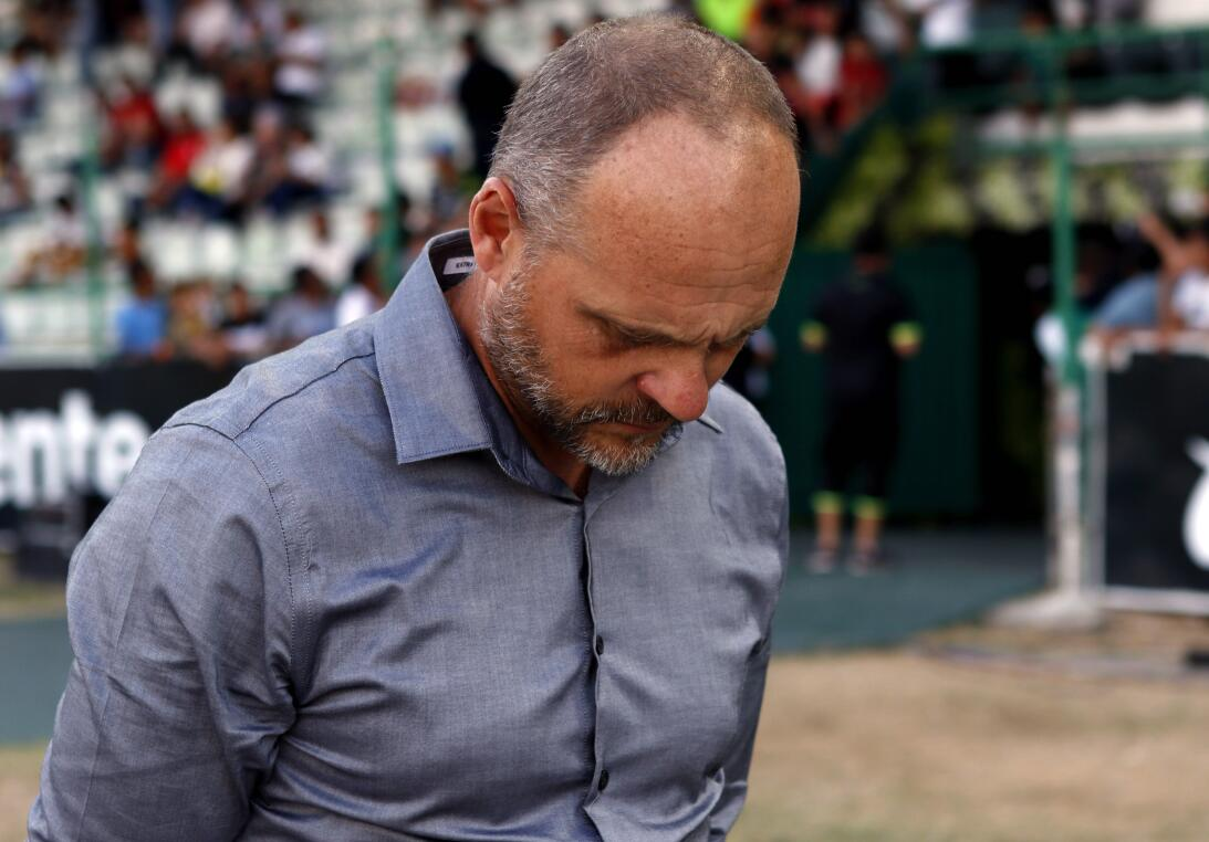 Aburrido empate entre Jaguares y León Javier Torrente DT de Leon.jpg