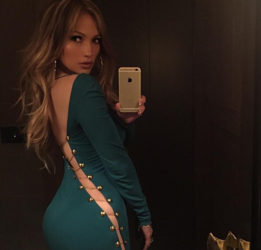 Jennifer López obsesionada con los espejos
