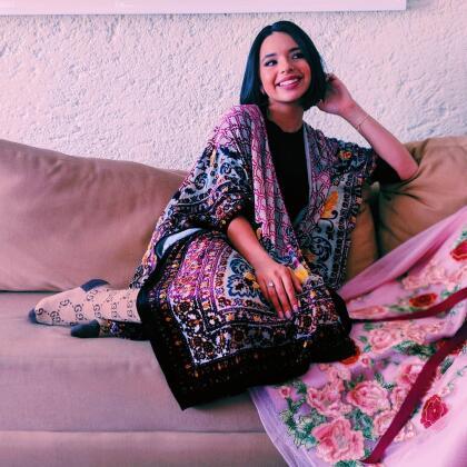 Con apenas 15 años de edad, Ángela Aguilar ya se perfila como una de las artístas del género ranchero con mayor proyección, pues gracias a su talento y carisma, se ha ganado la admiración de los más experimentados cantantes y, sobre todo, del público.