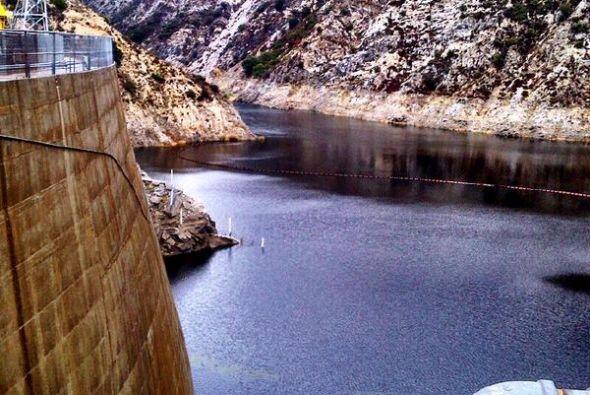 1 billón de galones de agua se recolectaron durante el temporal, según...