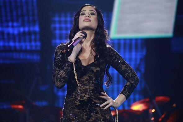 En la semifinal, Geissie le cantó a a juez invitada, Paquita la del Barrio.