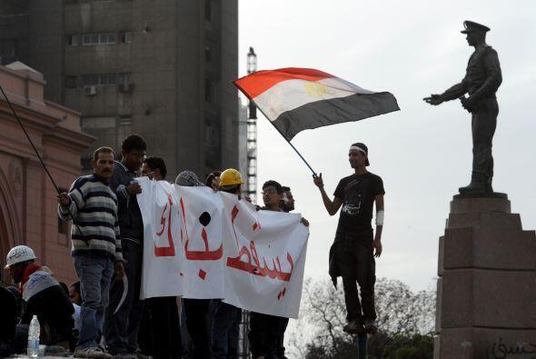 '!Vete! !vete! !vete!' retumbaba en la Plaza Tahrir o de la Liberación.