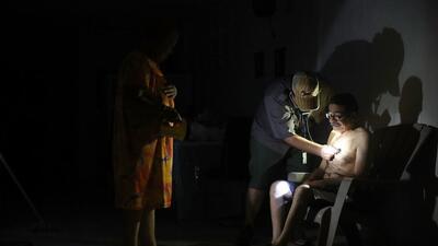 La pérdida de electricidad, agua e insumos básicos está desatando un pro...