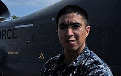 En un minuto: Este es el hispano que murió en la colisión de un buque mi...