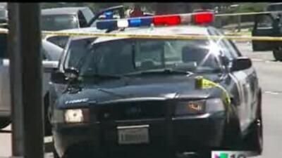 El Oficial fue llevado al hospital después del incidente.