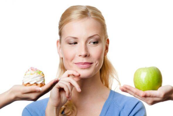 También debes tener una alimentación saludable. Elabora comidas que sean...
