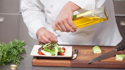 El aceite de oliva engorda, ¿mito o realidad?