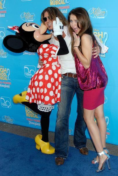 A Vanessa Hudgens se le sumó Miley Cyrus, quien llevó a su 'papi' a que...