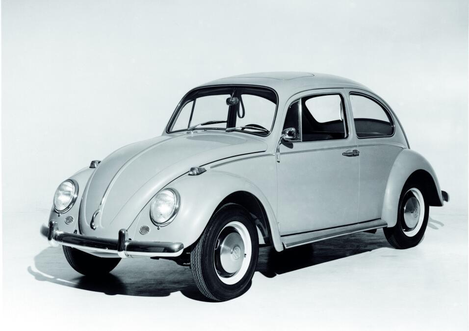La fascinante historia del primer Volkswagen 1965 historic_beetle_3292.jpg