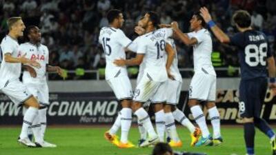 Los 'Spurs' dieron cuenta del Tbilisi por 5-0 con dos goles del español...