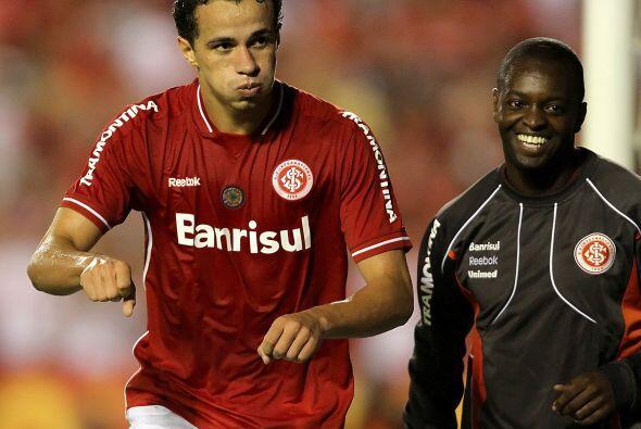 El Inter de Porto Alegre, actual campeón de la Libertadores, venció al E...