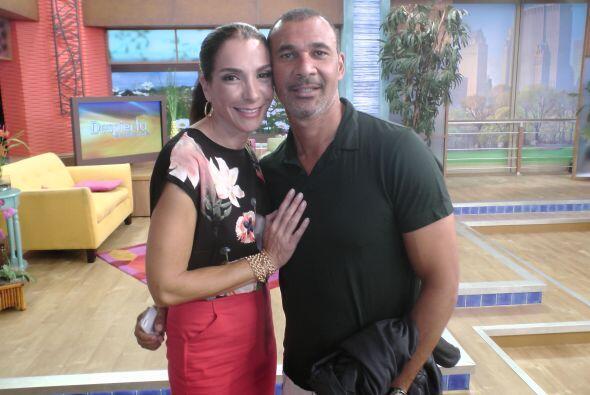 A Maggie Jiménez la acompañó su esposo, Ruud Gullit, uno de los jugadore...